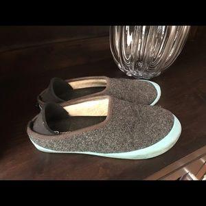 Mahabis classic wool slipper ALWAYS WORN W SOX